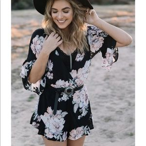 FOREVER21 CONTEMPORARY FLORAL ROMPER